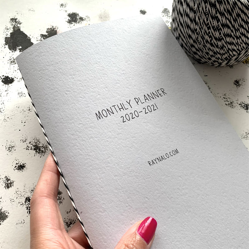 Make Your Own DIY Planner at Home by Rayna Lo
