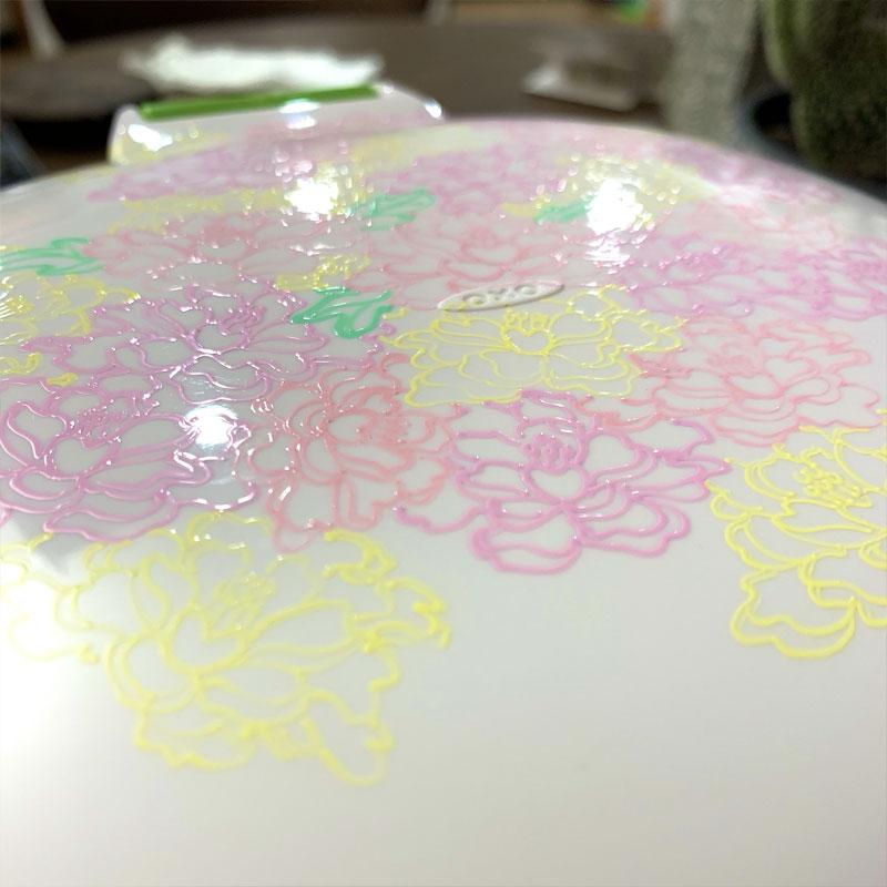 Drawing on my Compost Bin with Sakura Decorese Gel Pens